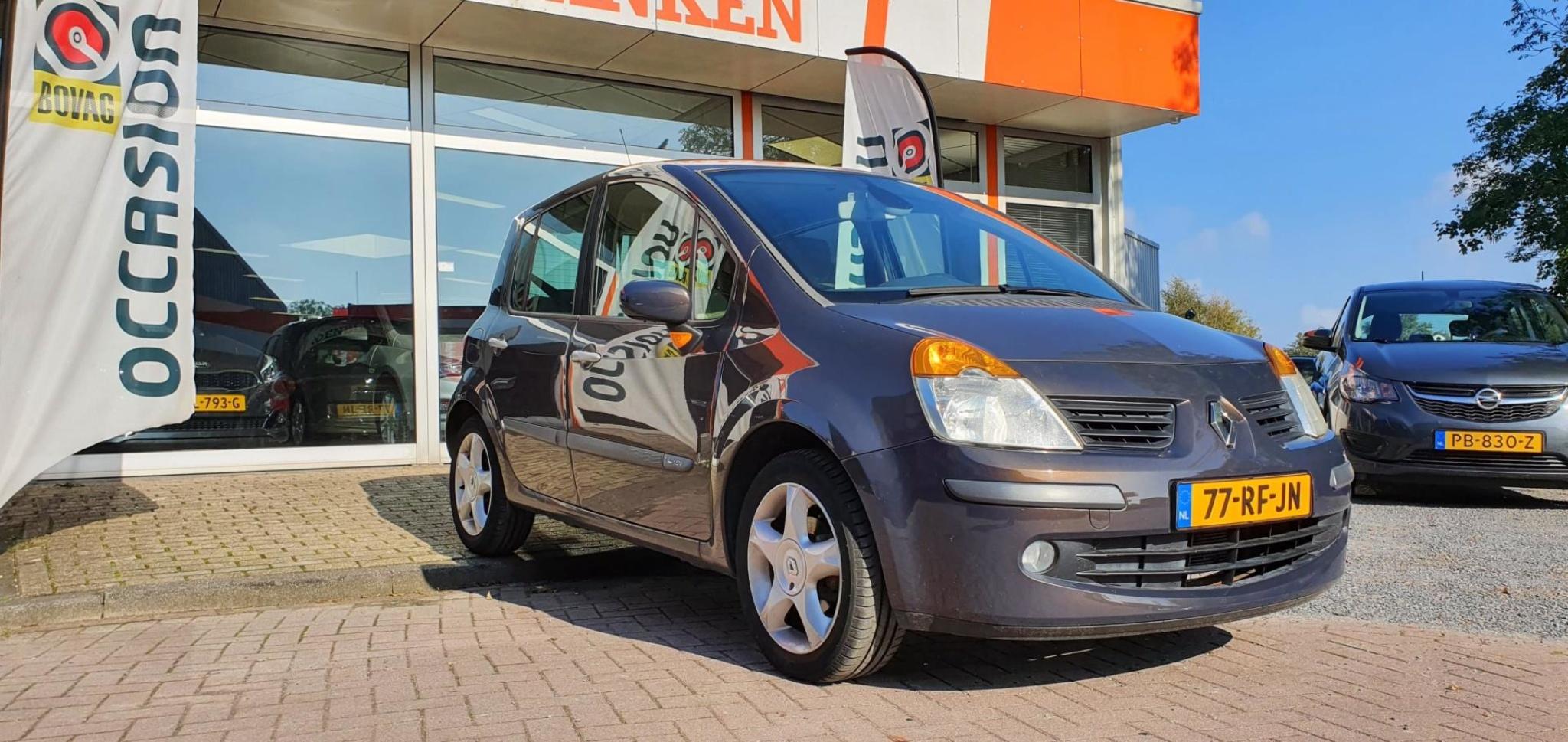 Renault-Modus-2