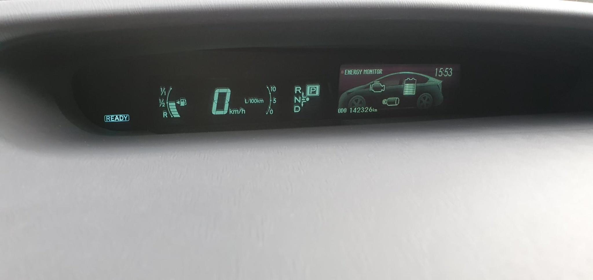 Toyota-Prius-22