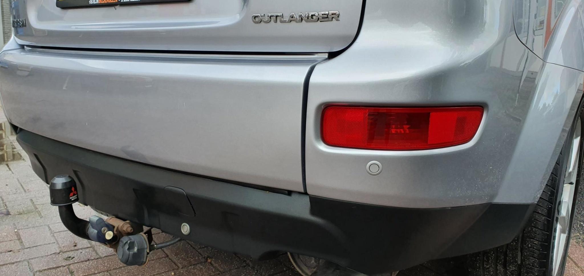 Mitsubishi-Outlander-16
