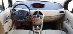 Renault-Modus-6