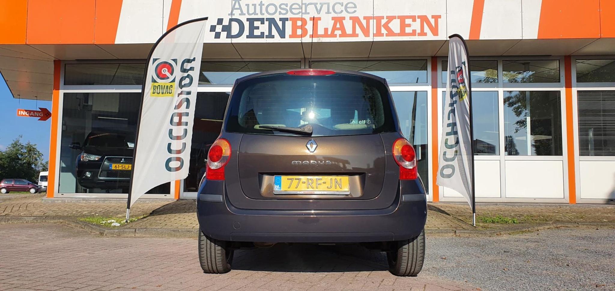 Renault-Modus-4