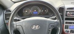 Hyundai-Santa Fe-11