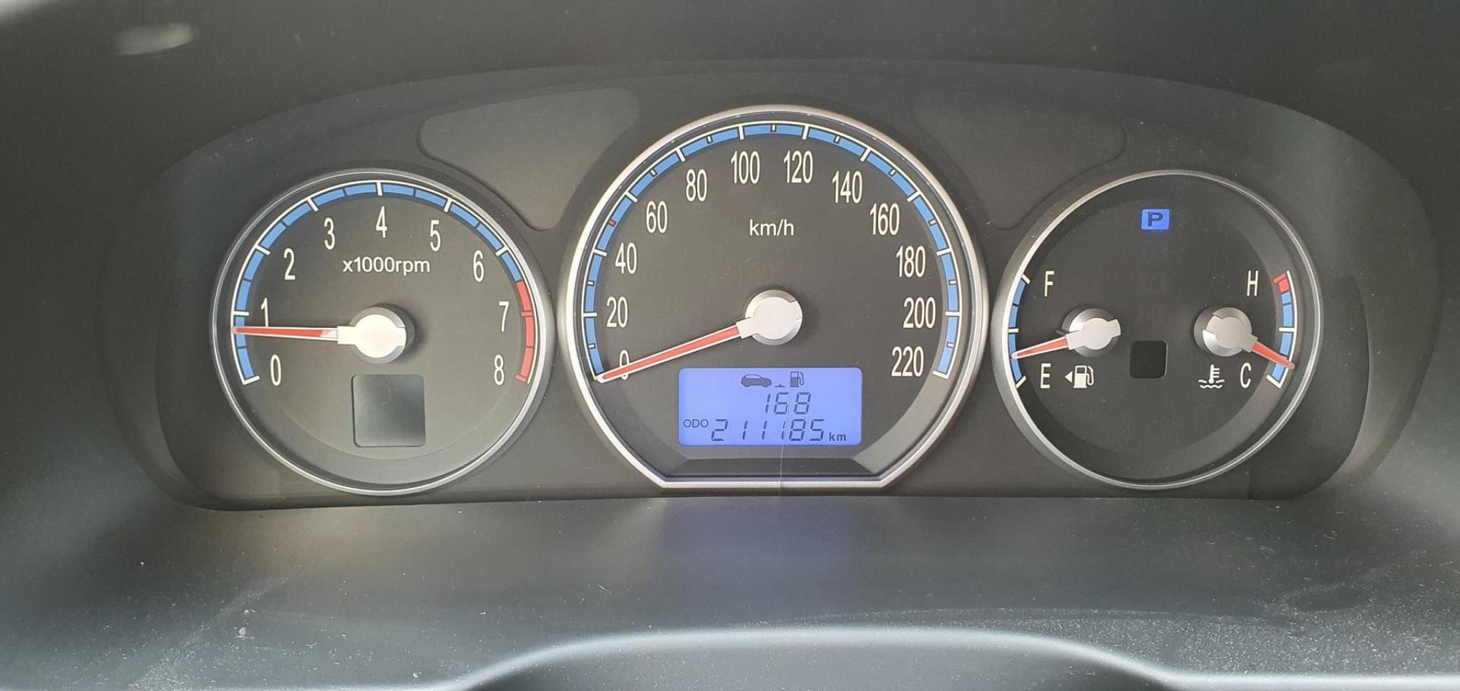 Hyundai-Santa Fe-15