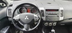 Mitsubishi-Outlander-12